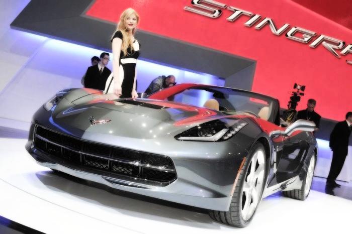 Babes & Cars - Geneva Motor Show 2013 (5)