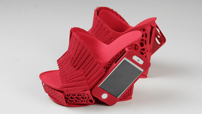 Shoe-iPhone-Holster 1