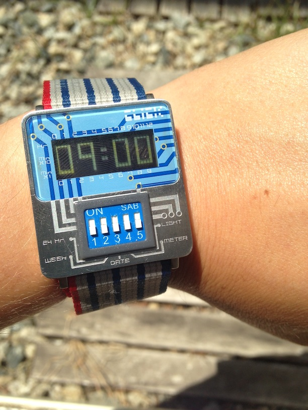 Cool Retro Wristwatches (17)