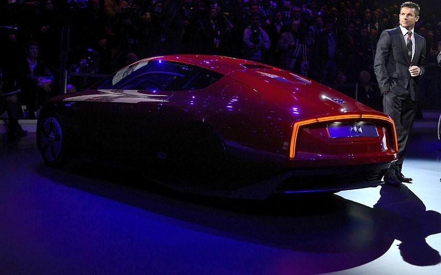 Cars Geneva Car Show 2013 4