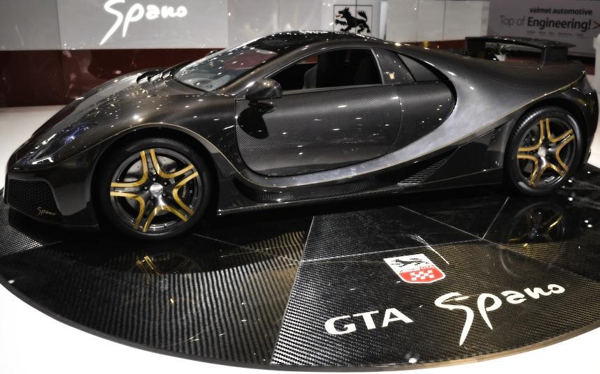 Cars Geneva Car Show 2013 43