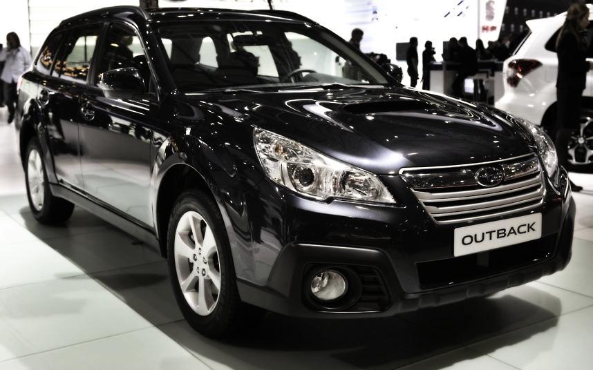 Cars Geneva Car Show 2013 e