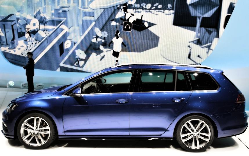 Cars Geneva Car Show 2013 wv