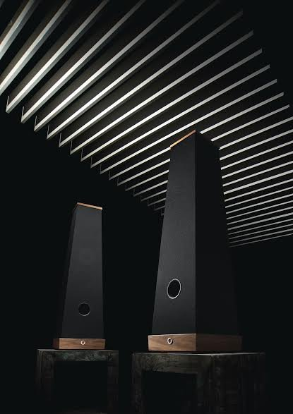 High-End (and expensive) BIZSÓK EI40 Loudspeakers