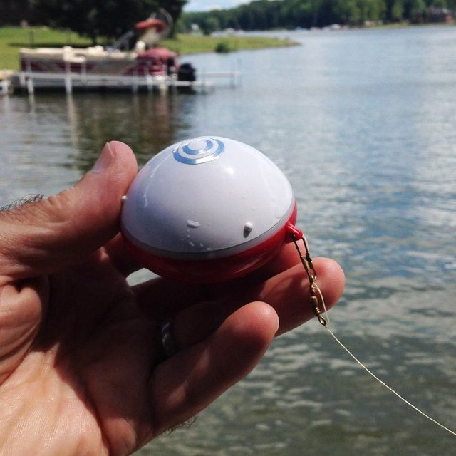 iBobber Bluetooth Smart Castable Fishfinder: Fish like a pro