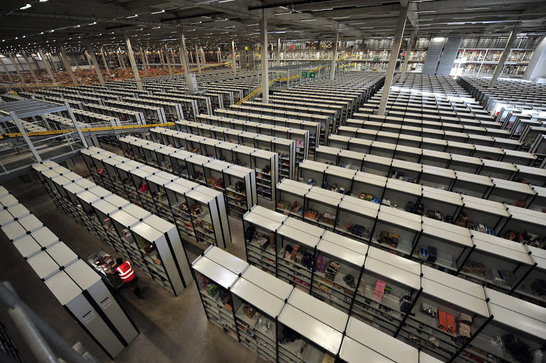 Inside Amazon S Warehouse Crazycoolgadgets